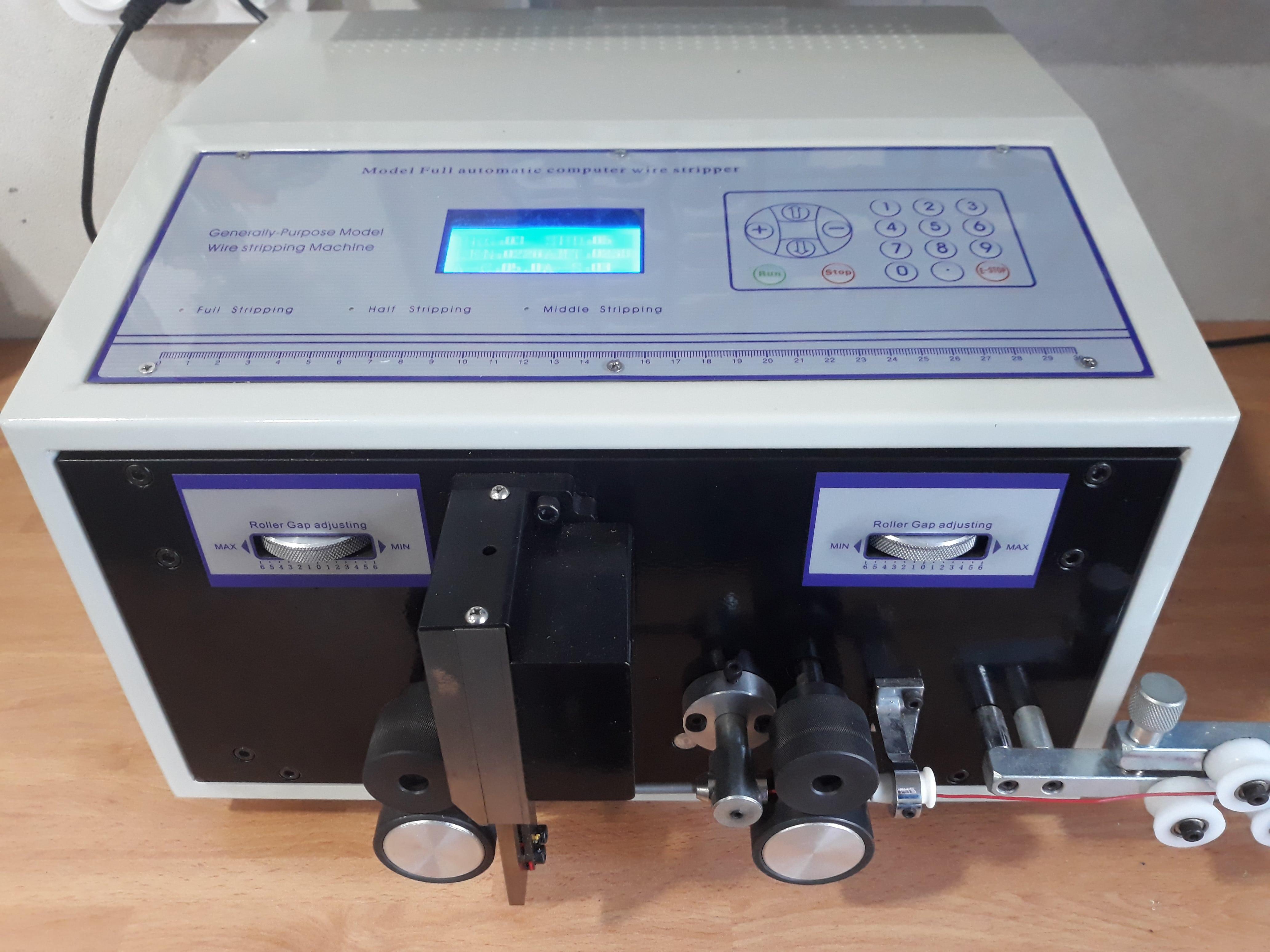 Danema Vial - Máquina de cableado eletrónico