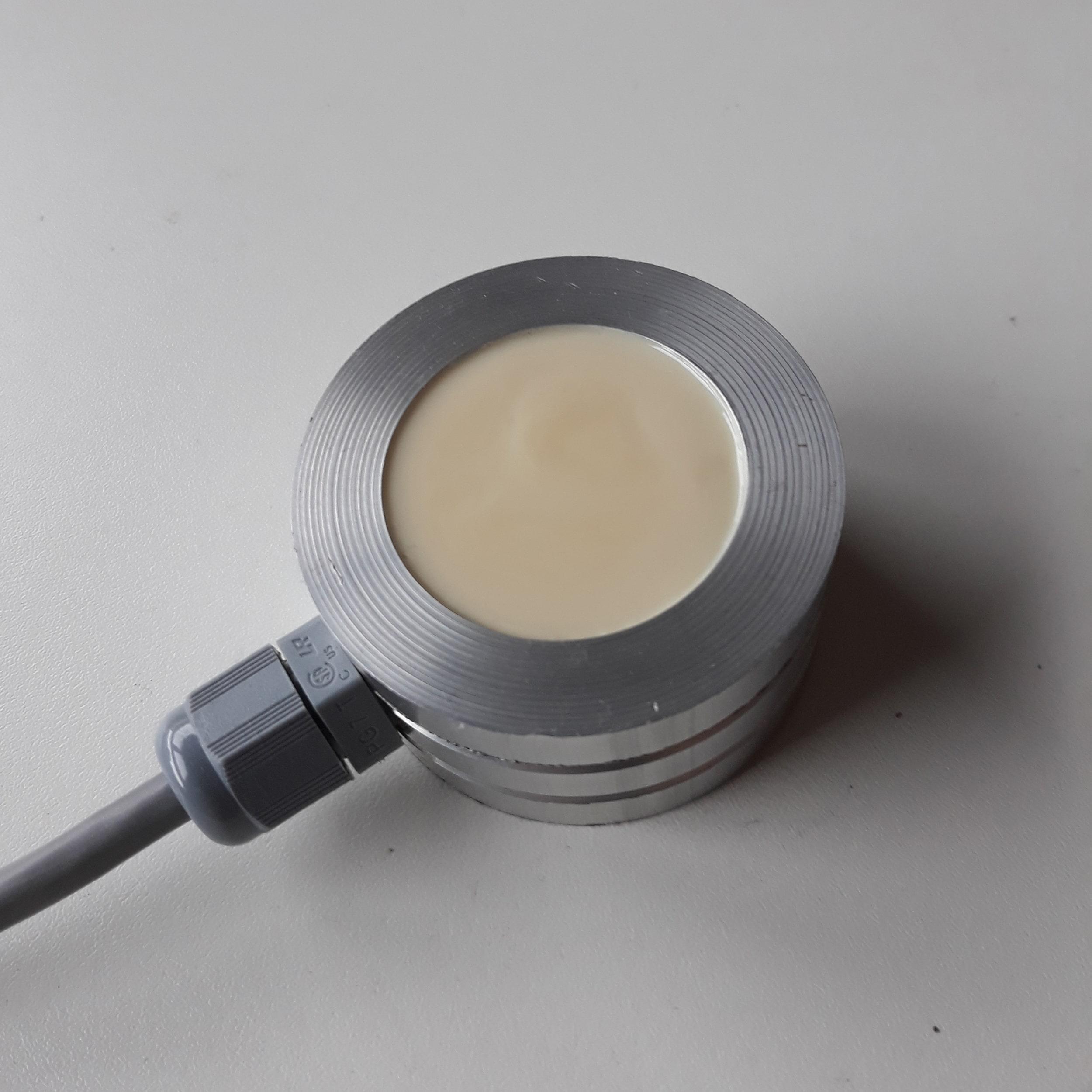 Danema Vial - Ejemplo de encapsulado electrónico