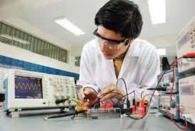 ingeniero electónico